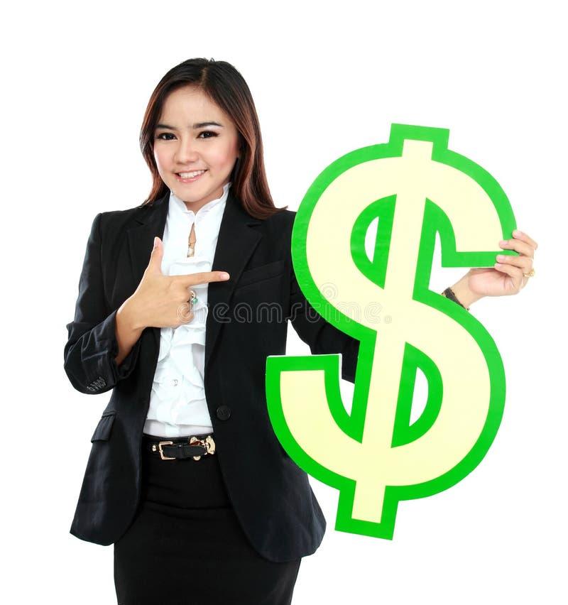 Portret van mooie bedrijfsvrouw die een Amerikaanse dollarsymbool houden stock afbeeldingen