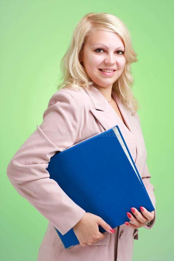 Portret van mooie bedrijfsvrouw met omslag royalty-vrije stock foto's