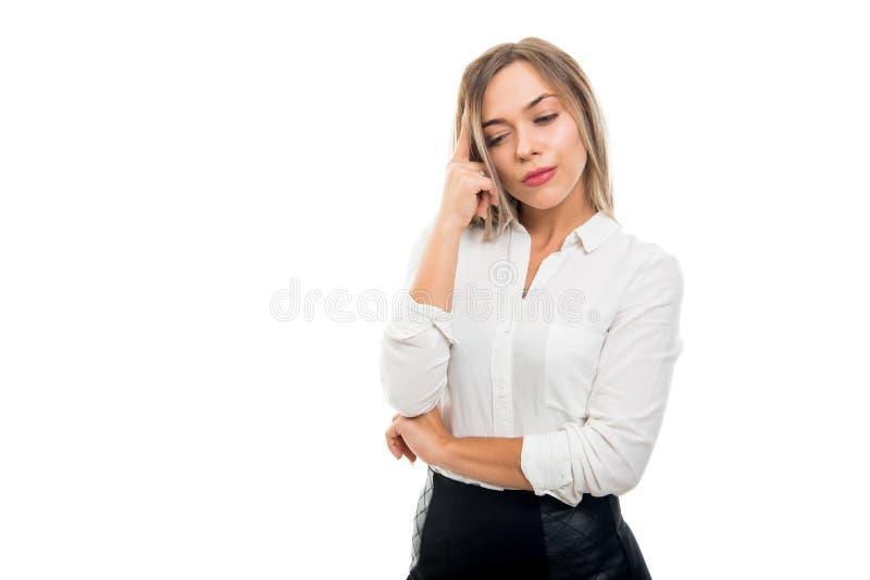 Portret van mooie bedrijfsvrouw status als het denken stock foto's