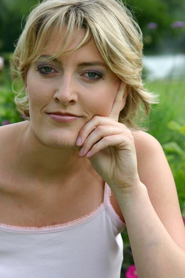 Portret van mooie blond royalty-vrije stock afbeeldingen
