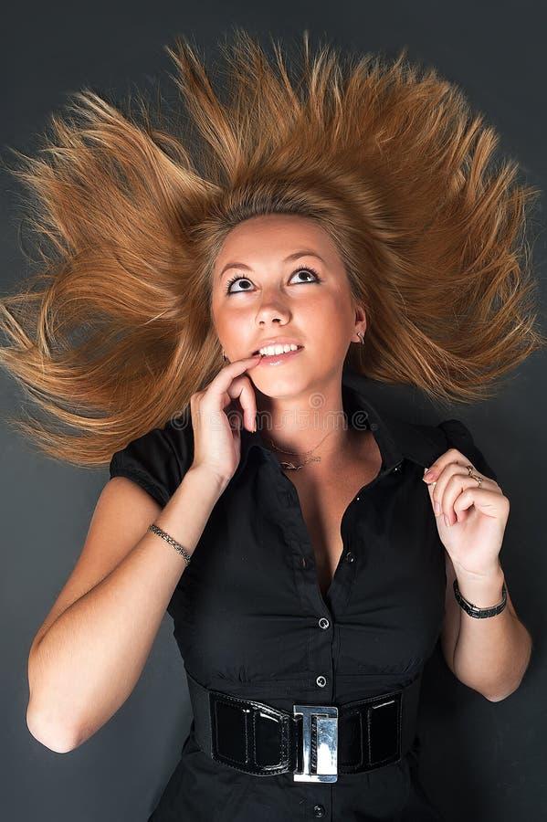 Portret van mooie blondevrouw stock fotografie
