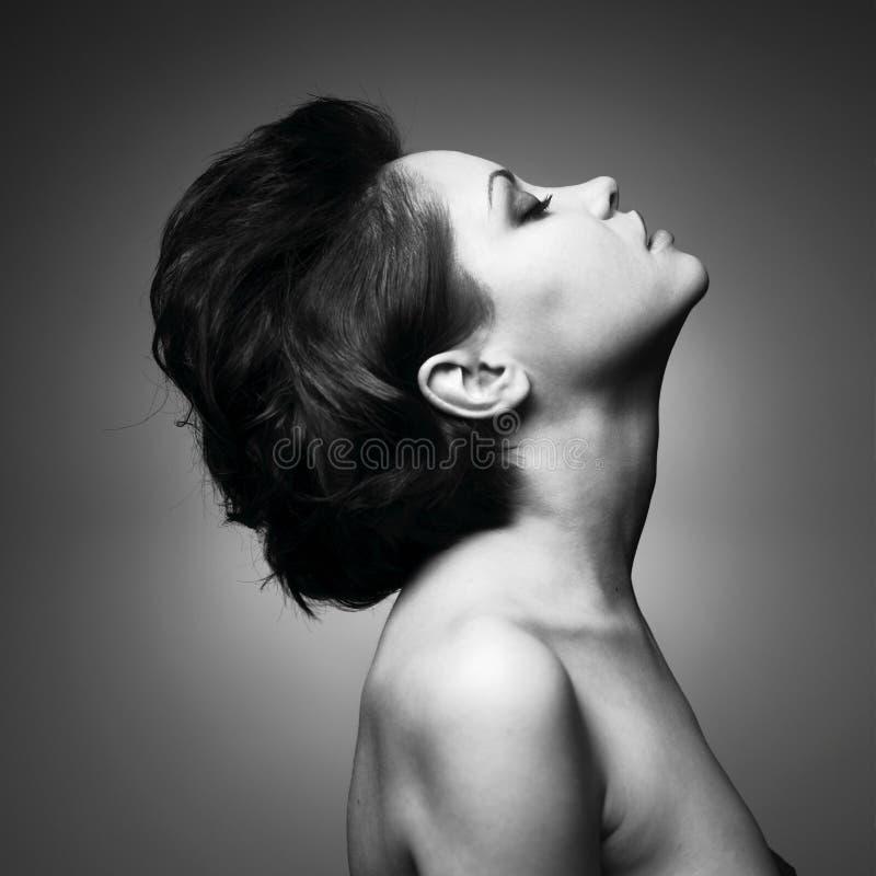 Portret van mooie sensuele vrouw royalty-vrije stock afbeeldingen