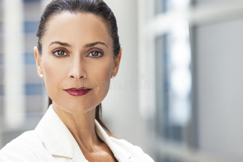 Portret van Mooie Vrouw of Onderneemster royalty-vrije stock foto