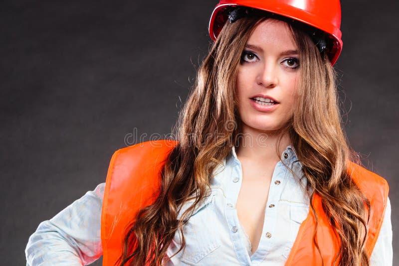 Portret van mooie vrouwen structurele ingenieur stock afbeeldingen