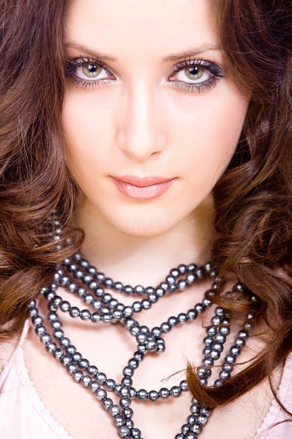 Portret van nadenkende jonge vrouw met beroep royalty-vrije stock foto