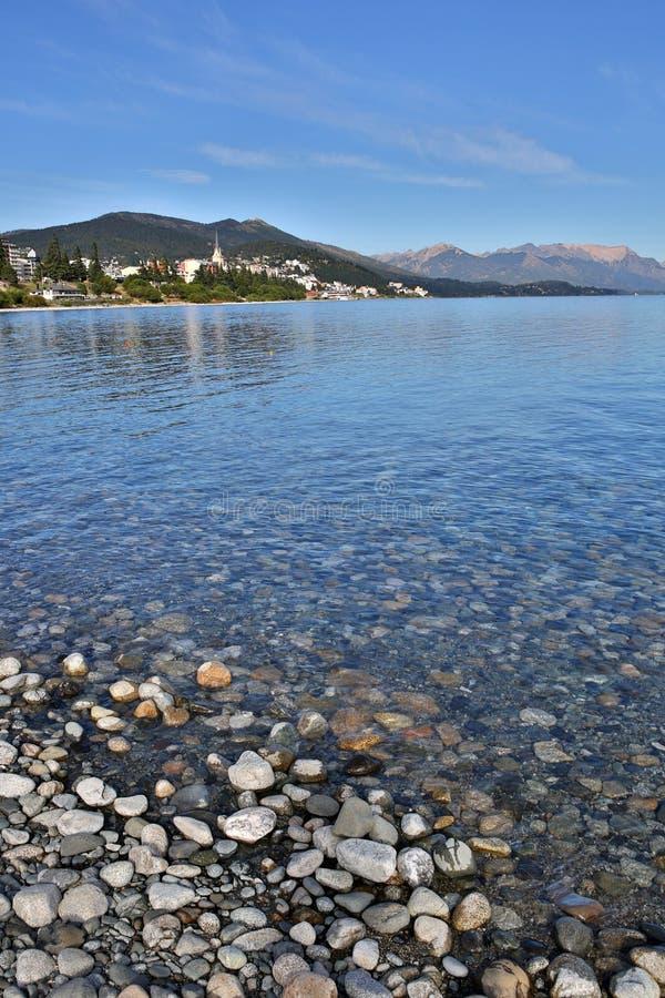 Portret van Nahuel Huapi-meer in Argentinië stock foto's