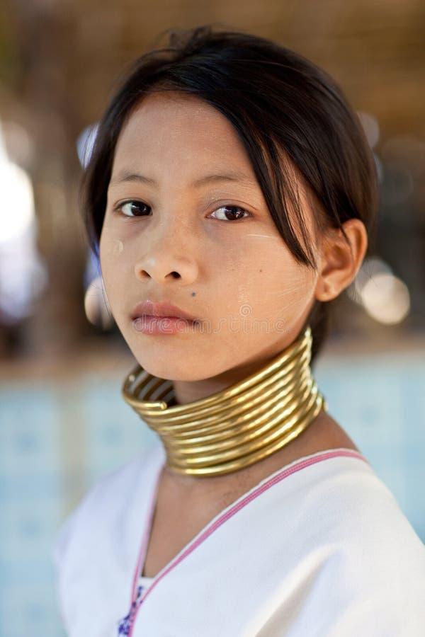 Portret van Padaung stammeisje stock afbeeldingen