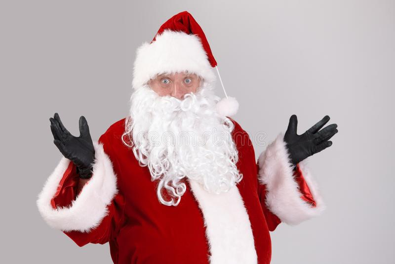 Portret van verraste Santa Claus stock afbeeldingen