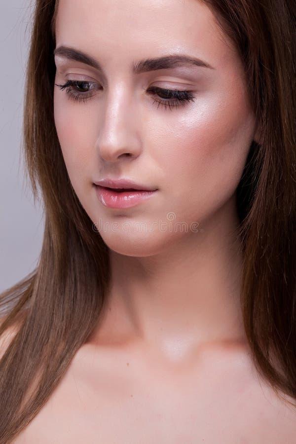 Portret van vrouw met perfecte huid en geen make-up royalty-vrije stock foto