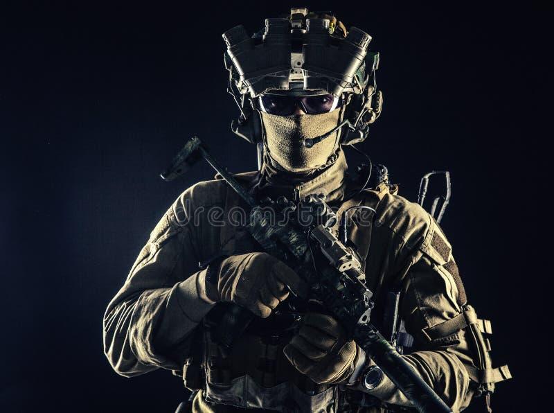 Portret w studiu żołnierza zdjęcia royalty free