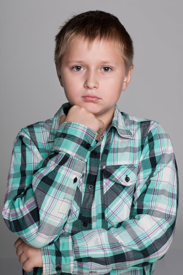 Portret wzburzona chłopiec zdjęcia royalty free