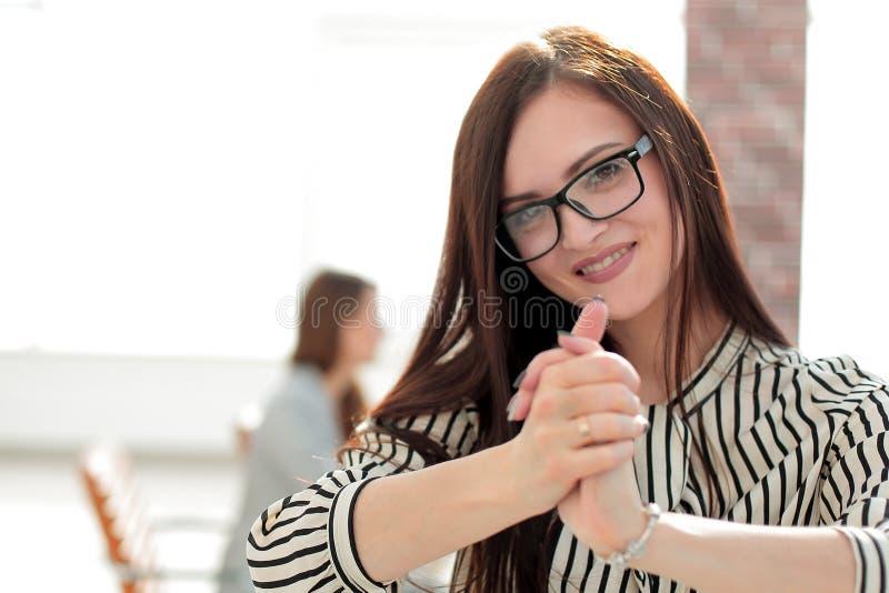 Portret zadumana biznesowa kobieta fotografia stock