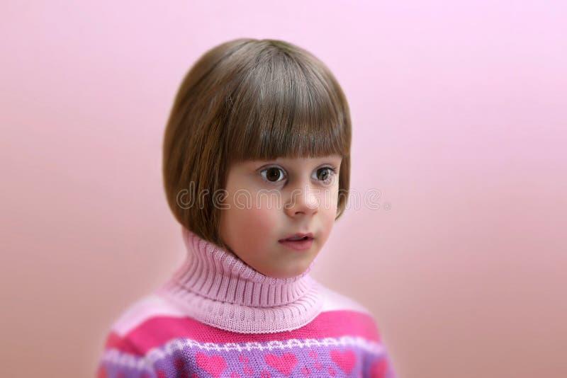 Portret Zdziwiona Cztery Lat Dziewczyna Obrazy Stock