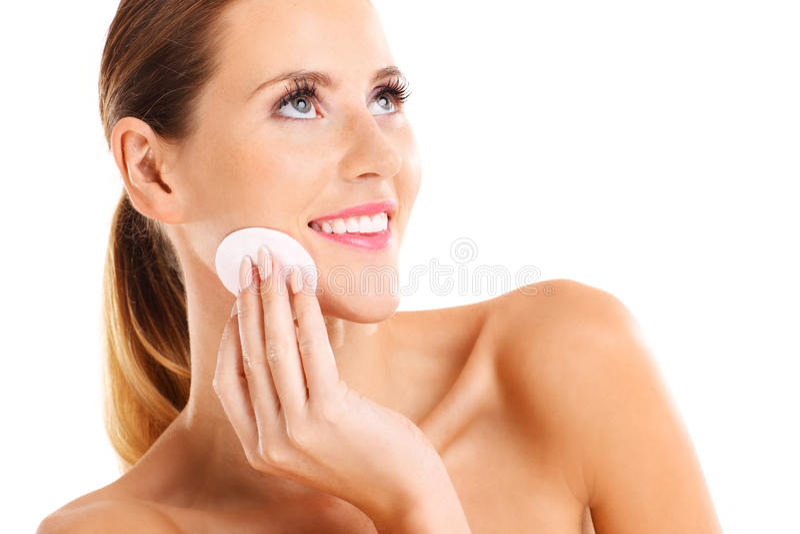 Portret zmysłowa kobieta usuwa makeup zdjęcia royalty free
