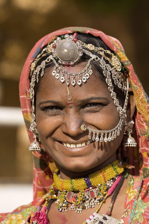 Download Portreta Hindusa Kobieta Zdjęcie Stock Editorial - Obraz: 34142813