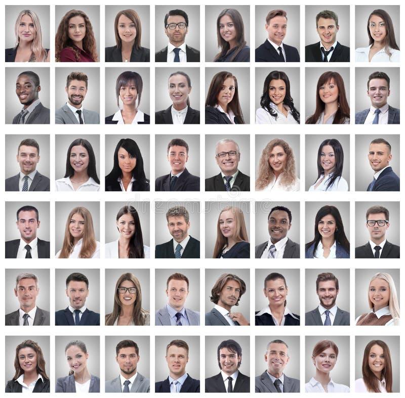 Portrety pomyślni młodzi biznesmeni na bielu obrazy royalty free