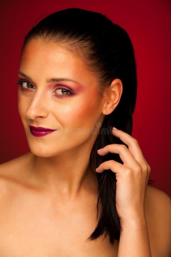Portrit di bellezza di bella donna castana immagini stock libere da diritti