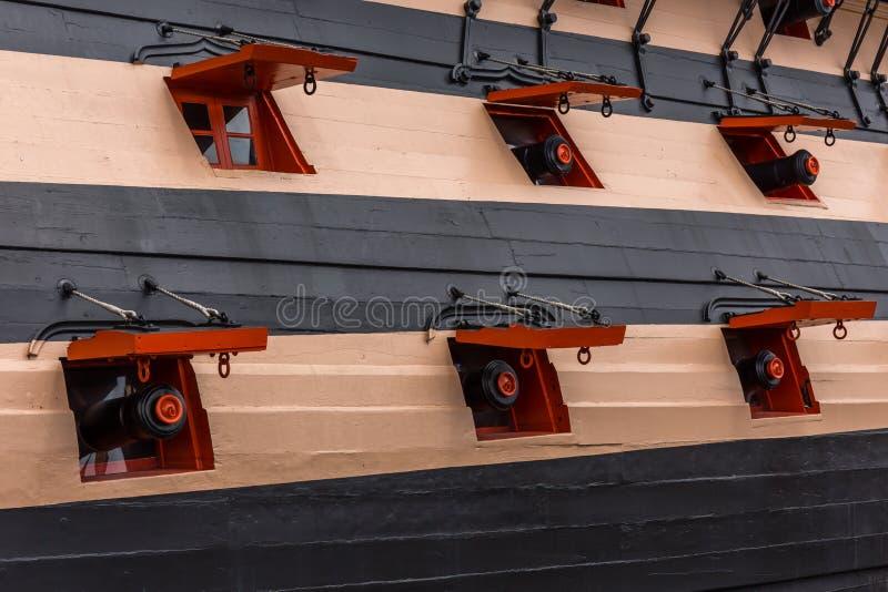 Ports d'arme à feu de bateau photos libres de droits