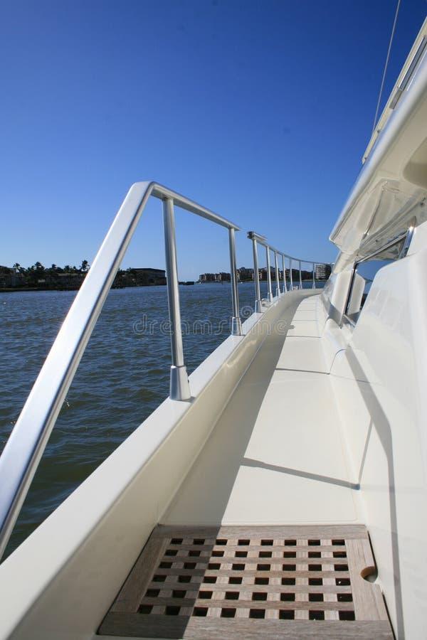 Portseite der Yacht stockbilder