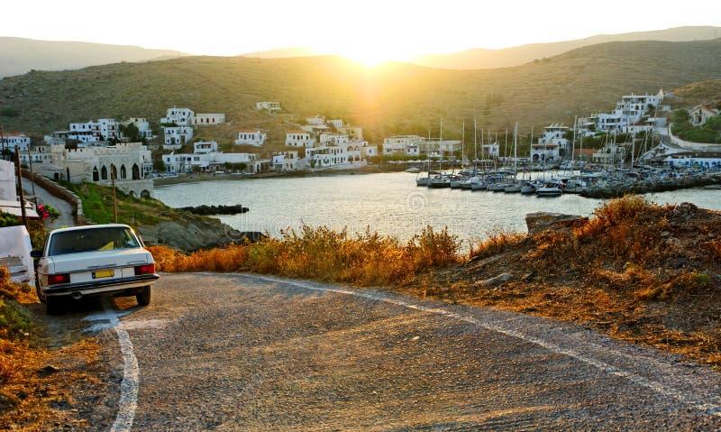 Portsikt på den Kythnos ön royaltyfria bilder
