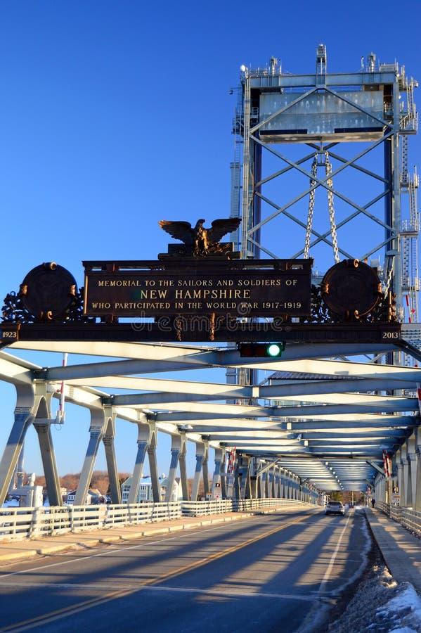 Portsmouth minnes- bro, New Hampshire royaltyfri foto