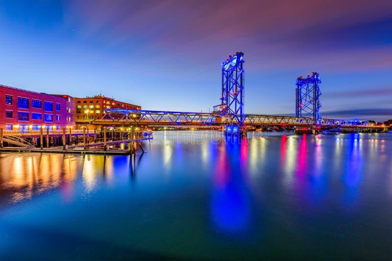 Portsmouth, ponte di New Hampshire immagini stock