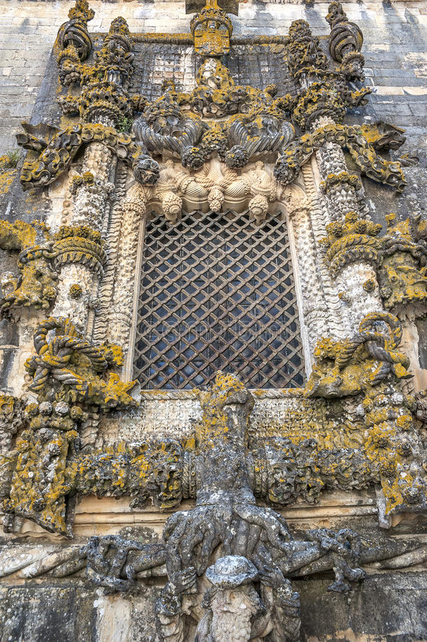 Portugai, Tomar, la finestra famosa Janela fa CapÃtulo immagini stock