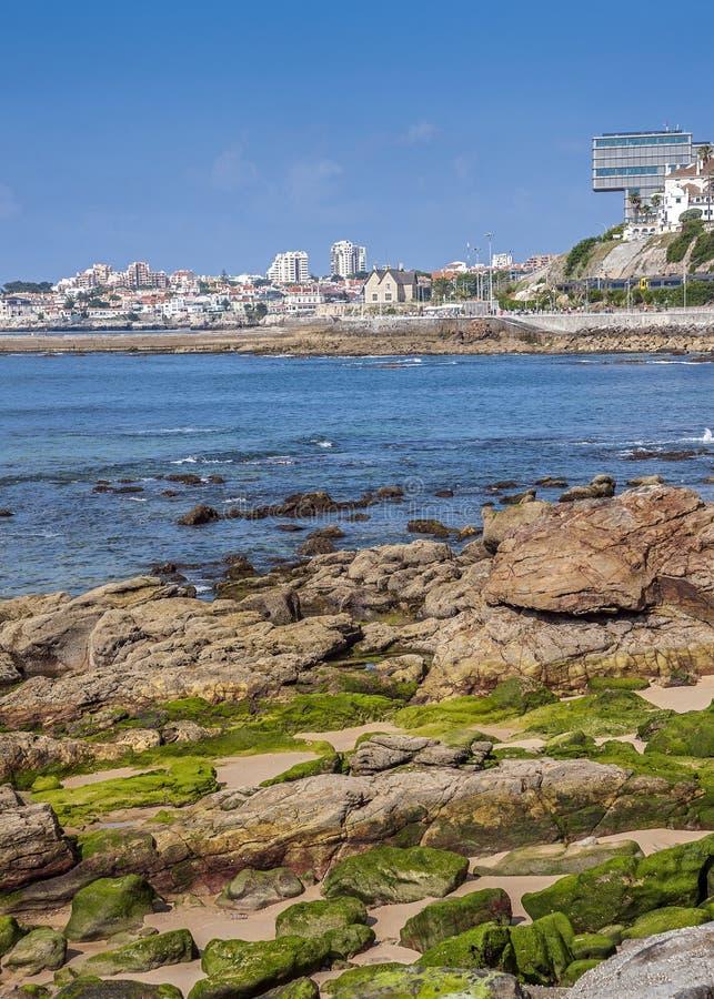 Portugal, Cascais Tira litoral atlântica imagens de stock royalty free