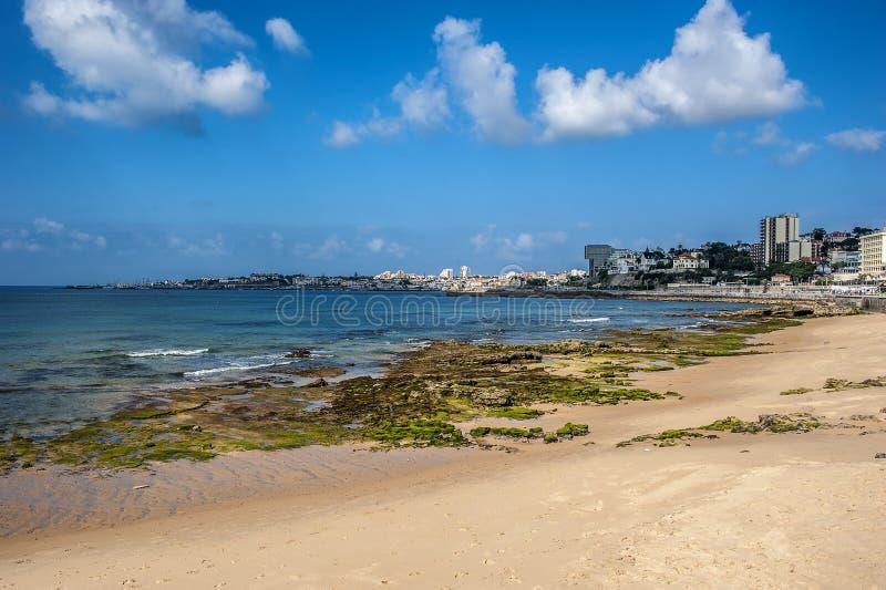 Portugal, Cascais Tira litoral atlântica foto de stock royalty free