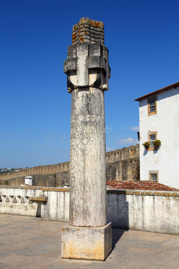 Portugal, Lisboa Picota en la ciudad medieval de Obidos fotografía de archivo