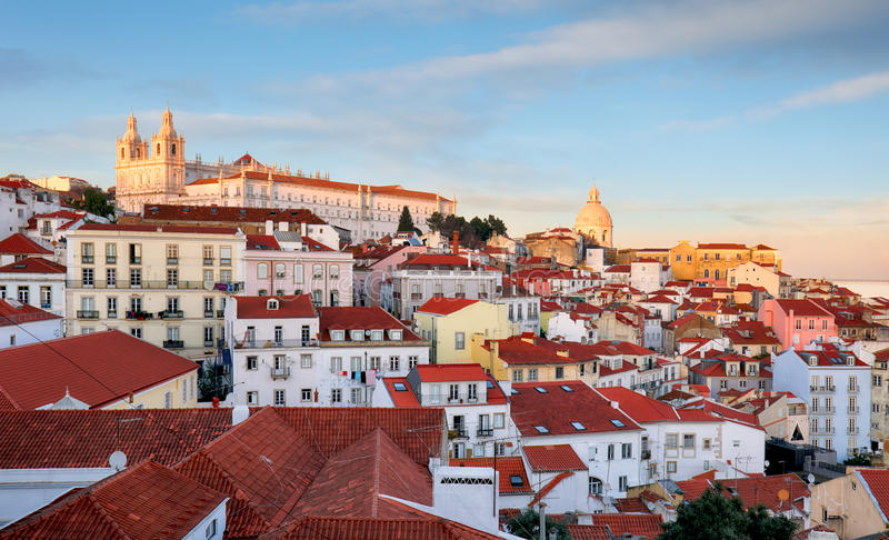 Portugal, Lissabon - Oude stad Alfama stock afbeelding