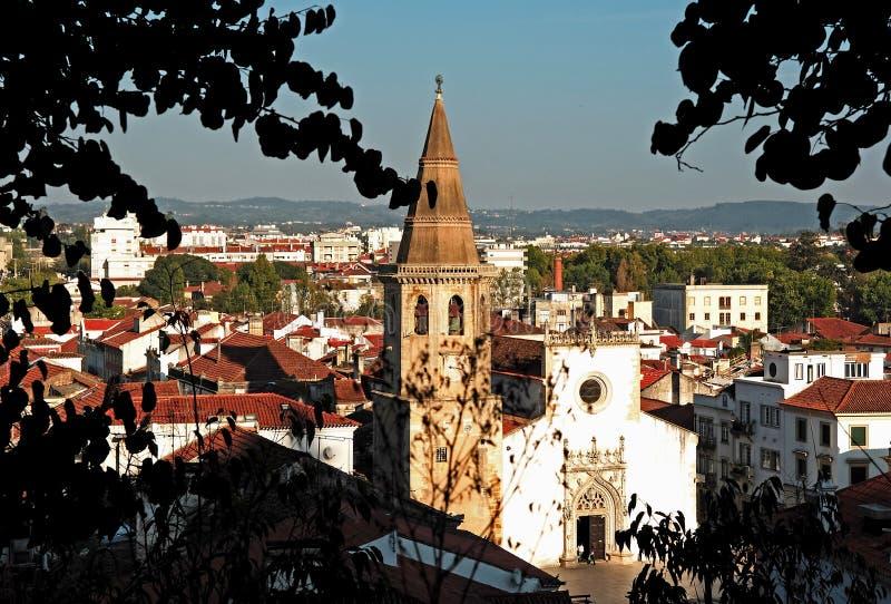 Portugal, Tomar; vista de la ciudad imagen de archivo