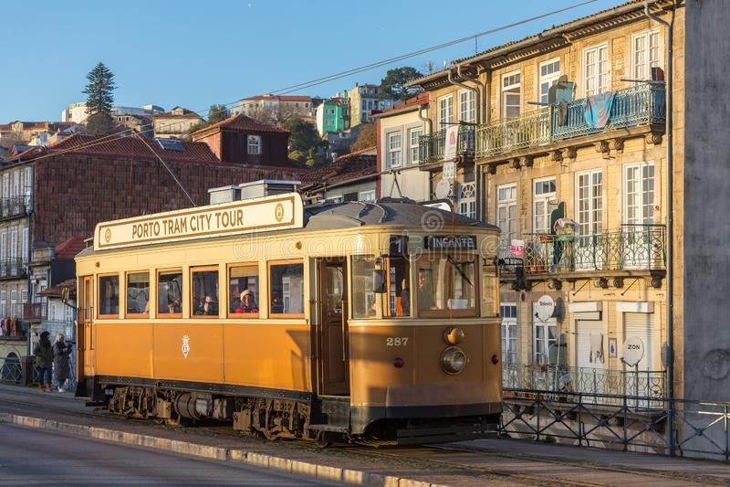 Portugese retro tram in Porto, Portugal royalty-vrije stock foto's