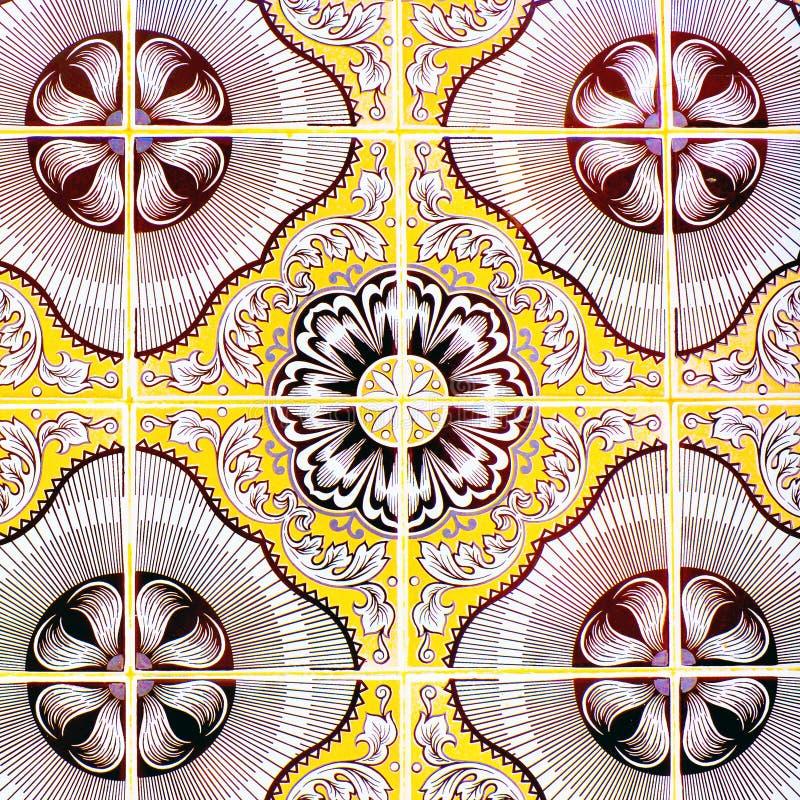 Portugese Retro Verglaasde Tegels met Geometrisch Patroon, Met de hand gemaakte Azulejos, de Straatkunst van Portugal, Abstracte  royalty-vrije stock afbeeldingen