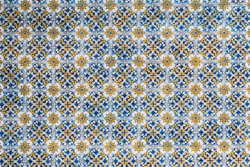 Portugese tegels Naadloze lapwerktegel met Victoriaanse motieven De tegel van het majolicaaardewerk, blauwe en witte azulejo, ori royalty-vrije stock afbeelding