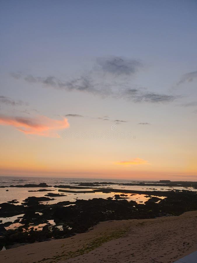 Portugese zonsondergang in Viana do Castelo stock afbeeldingen