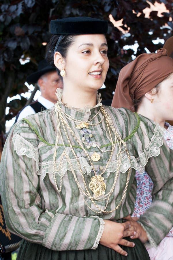 Portugisisk folkloredansare och sångare royaltyfria bilder