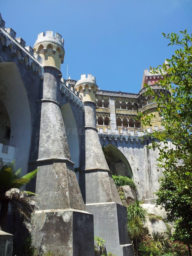 Portugisiska slottsmuren royaltyfri bild