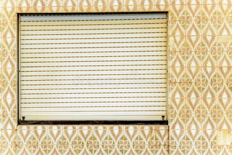 Portugisiskt tegelplattahus - azulejo 4 royaltyfria bilder