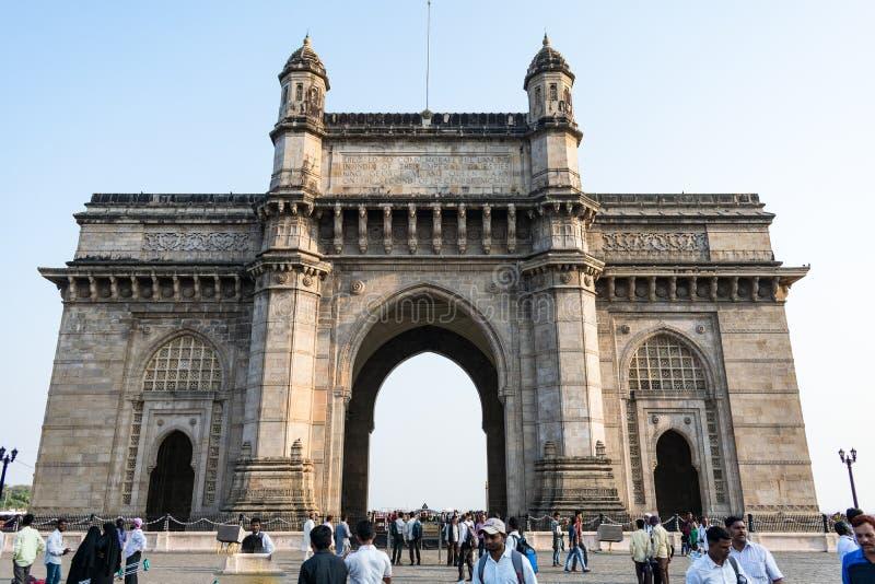 Portväg av sikten för zoom för Indien monument den skriftliga nära arkivfoton