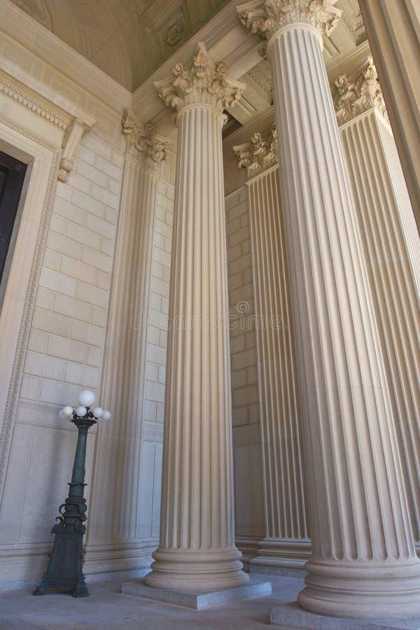 Portyk kolumny przy Krajowymi archiwami zdjęcie stock