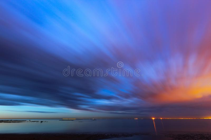 Poruszający nieba wschód słońca zdjęcia royalty free