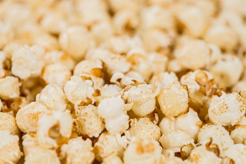 Porzione di popcorn immagine stock