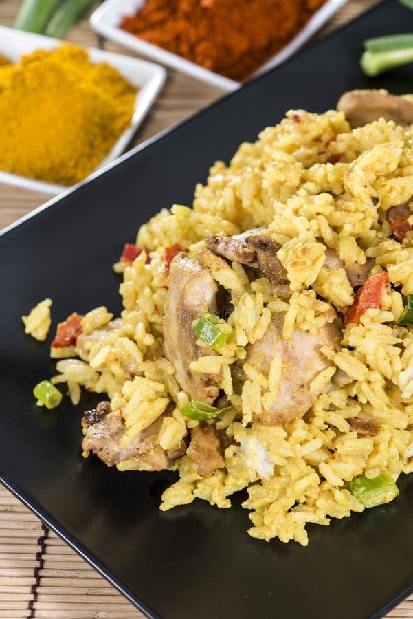 Porzione di riso di curry fotografia stock libera da diritti