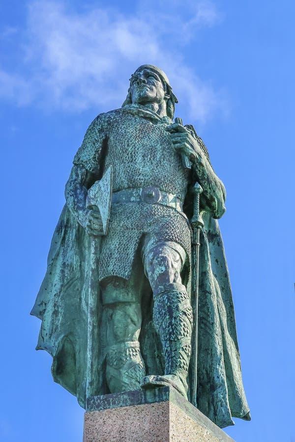 Posąg Leifa Erikssona w Reykjaviku Islandia obraz royalty free