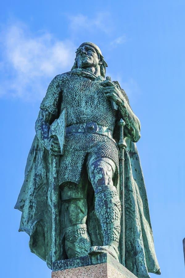Posąg Leifa Erikssona w Reykjaviku Islandia zdjęcia stock