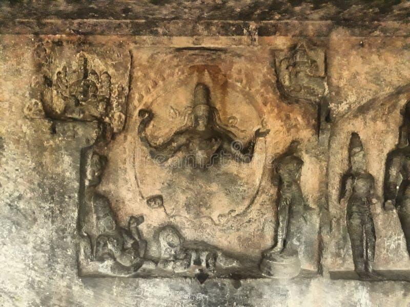 Posągi grawerowane w świątyni w Tamilnadu India Nazwa świątyni to skalna ścięta świątynia jaskini zdjęcia stock