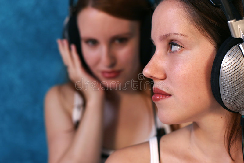 posłuchaj muzyki fotografia stock