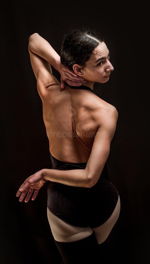 Posa del ballerino di balletto fotografia stock libera da diritti