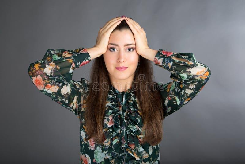 Posa di yoga del fronte immagine stock